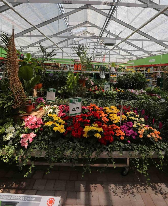 Der hagebaumarkt der Bauma GmbH in Bennewitz ist um ein neues Gartencenter erweitert worden.