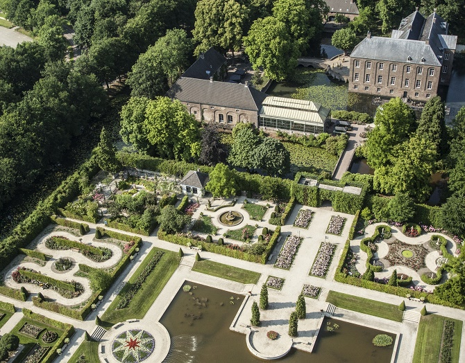 Arcen_Schloss_Orangerie_Rosarium (2)