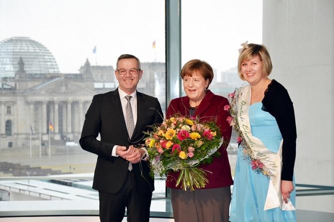 ZVG_Fruehlingsstrauss_Angela_Merkel_2016