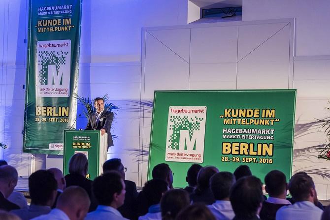 """Kai Kächelein und Torsten Kreft appellierten an die hagebaumarkt Marktleiter: """"Veränderungsbereitschaft wird das Maß aller Dinge sein"""". Der Cross Channel Gedanke müsse absolutes Selbstverständnis sein."""